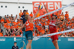 20180716 NED: CEV DELA Beach Volleyball European Championship day 2<br />Sven Vismans (1) of The Netherlands, Clemens Doppler (1) of Austria <br />©2018-FotoHoogendoorn.nl