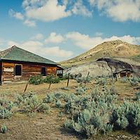abandon homestead montana prairie country conservation photography - montana wild prairie