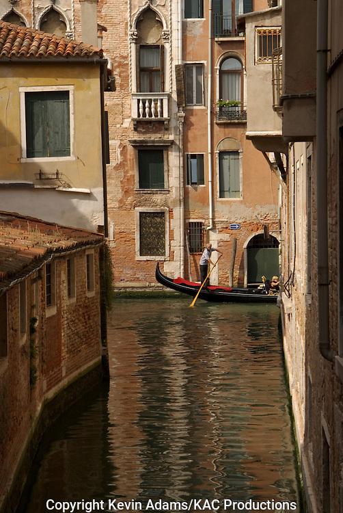38_03_01_03952.Gondola in canal in Venice, Italy.