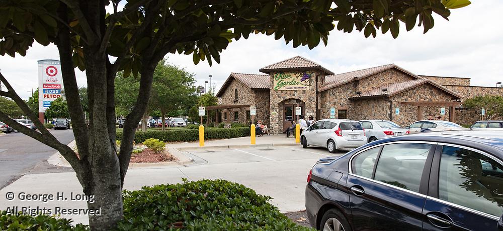 Olive Garden Italian Restaurant at Siegen Plaza Shopping Center in Baton Rouge, Louisiana for HFF