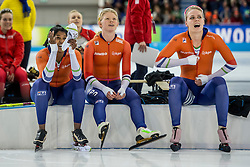 10-12-2016 NED: ISU World Cup Speed Skating, Heerenveen<br /> Team sprint Bo van der Werff,  Anice  Das, Floor van den Brandt
