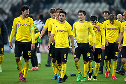 24.02.2015, Juventus Stadium, Turin, ITA, UEFA CL, Juventus Turin vs Borussia Dortmund, Achtelfinale, Hinspiel, im Bild l-r: Enttaeuschung bei Mats Hummels #15 (Borussia Dortmund), Ilkay Guendogan #8 (Borussia Dortmund), Nuri Sahin #18 (Borussia Dortmund), Henrikh Mkhitarjan #10 (Borussia Dortmund), Oliver Kirch #21 (Borussia Dortmund), die Mannschaft geht in die Fankurve // during the UEFA Champions League Round of 16, 1st Leg match between between Juventus Turin and Borussia Dortmund on at the Juventus Stadium in Turin, Italy on 2015/02/24. EXPA Pictures © 2015, PhotoCredit: EXPA/ Eibner-Pressefoto/ Kolbert<br /> <br /> *****ATTENTION - OUT of GER*****