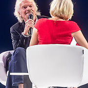 NLD/Amsterdam/20161004 - Wereldpremiere van Inspiration360 2016, Richard Branson word geinterviewd door Eva Jinek