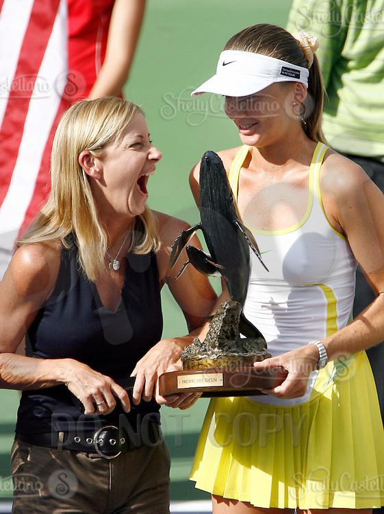 17 March 2007: Daniela Hantuchova (SVK) defeated Svetlana Kuznetsova (RUS) 6-3, 6-4 on the main court at the 2007 Pacific Life Open Tennis Tournament in Indian Wells, CA on Saturday.  Winners trophy.  Daniela laughs with Chris Everett.