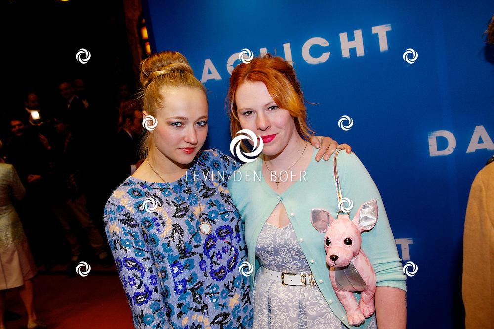 AMSTERDAM - In het Tuschinski Theater is de Nederlandse Triller 'Daglicht' in Premiere gegaan. Met op de foto  Carolien Spoor en Coosje Smid. FOTO LEVIN DEN BOER - PERSFOTO.NU