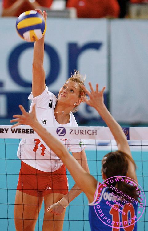 HALLE 18/01/2008.EUROPEAN VOLLEYBALL WOMEN'S OLIMPIC QUALIFICATION.SEMIFINAL.POLAND _ SERBIA.ANNA BARANSKA /POL/.FOT. PIOTR HAWALEJ / WROFOTO