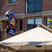 NLD/Amsterdam/20180628 - Rondvaart Amsterdam, coffeshop de Bulldog