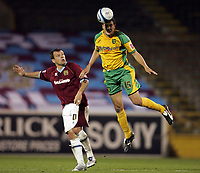 Photo: Paul Thomas.<br /> Burnley v Norwich City. Coca Cola Championship. 23/10/2007.<br /> <br /> Ian Murray (R) of Norwich climbs above Andy Gray.