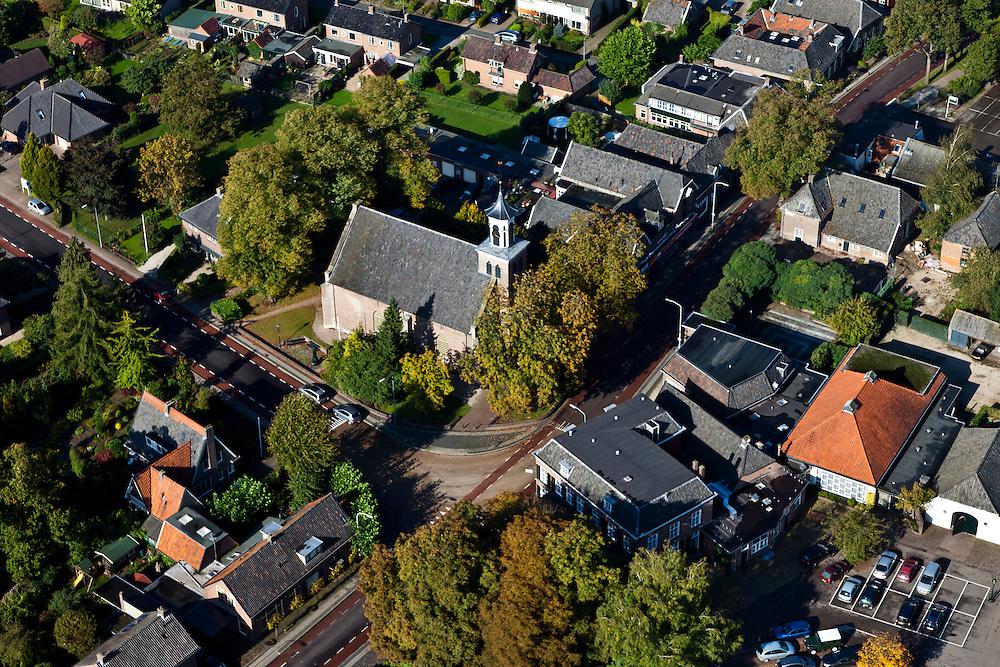 Nederland, Gelderland, Hummelo, 03-10-2010; Gouden Karper, hotel restaurant midden in het dorp..luchtfoto (toeslag), aerial photo (additional fee required).foto/photo Siebe Swart