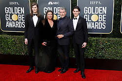 January 5, 2020, Beverly Hills, Kalifornien, USA: Dylan Brosnan, Keely Shaye Smith, Pierce Brosnan und Paris Brosnan bei der Verleihung der 77. Golden Globe Awards im Beverly Hilton Hotel. Beverly Hills, 05.01.2020 (Credit Image: © Future-Image via ZUMA Press)