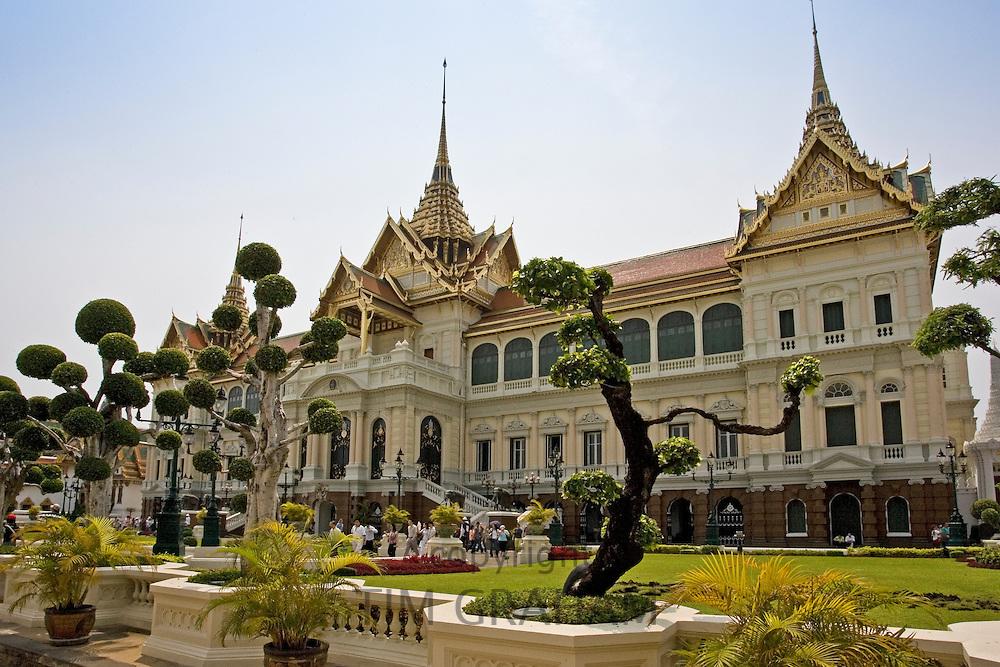 Topiary at Chakri Maha Prasat Hall, Bangkok, Thailand