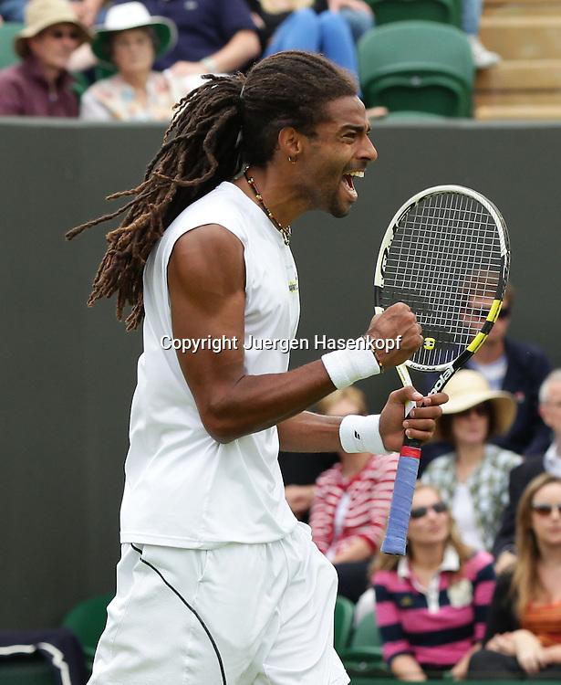 Wimbledon Championships 2013, AELTC,London,<br /> ITF Grand Slam Tennis Tournament,<br /> Dustin Brown (GER) macht die Faust und jubelt,Jubel,Emotion,Einzelbild,<br /> Halbkoerper,Hochformat,