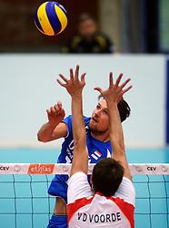 17-05-2013 VOLLEYBAL: BELGIE - NEDERLAND: KORTRIJK<br /> Nederland wint de eerste oefenwedstrijd met 3-0 van Belgie / Thomas Koelewijn<br /> ©2013-FotoHoogendoorn.nl