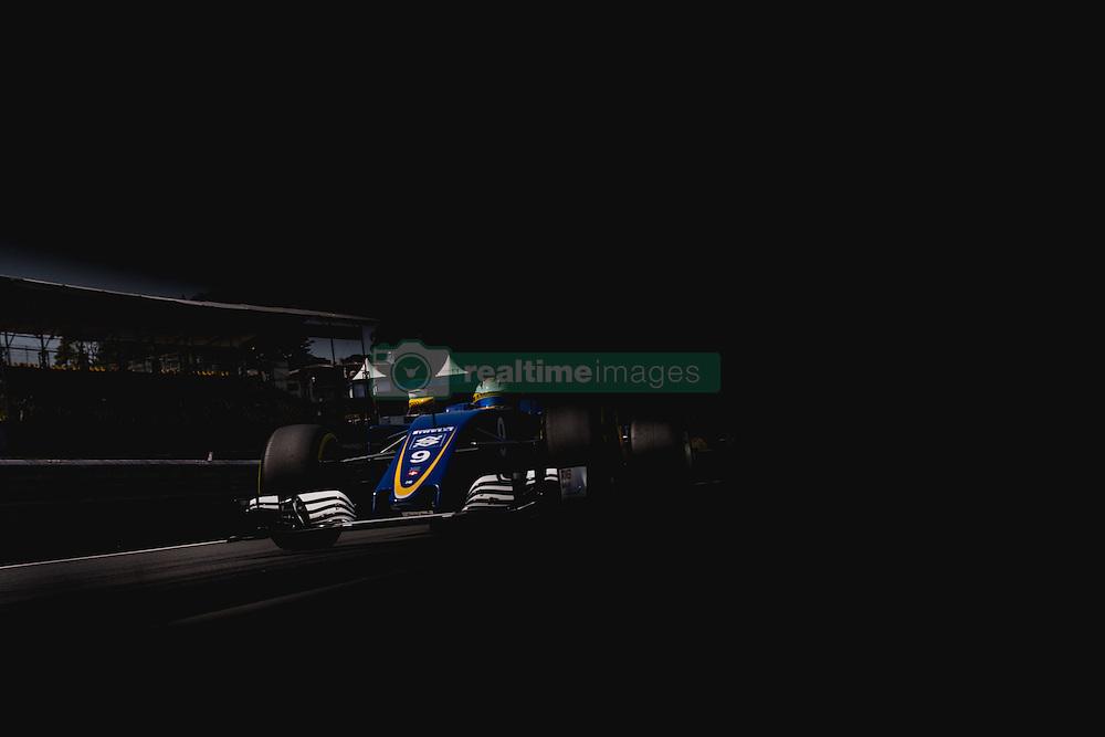 November 13, 2016 - Treino livre do Grande Premio do Brasil de Formula 1 2016 realizado no Autódromo de Interlagos nesta sexta-feira. (Credit Image: © Victor EleutéRio/Fotoarena via ZUMA Press)