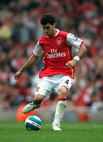 Photo: Tom Dulat.<br /> Arsenal v Sunderland. The FA Barclays Premiership. 07/10/2007.<br /> Cesc Fabregas of Arsenal with the ball