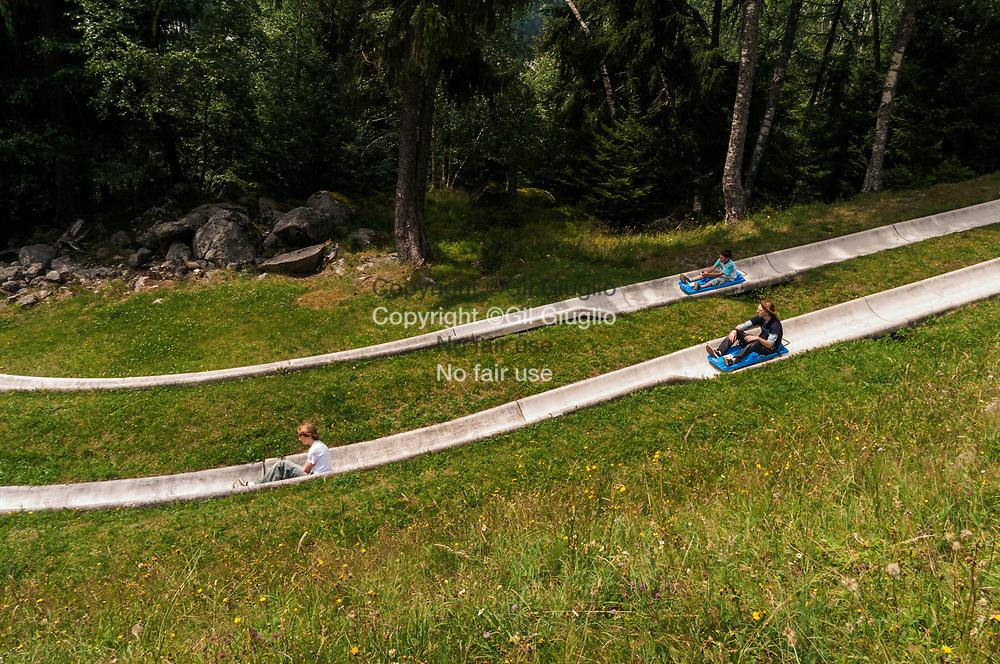 France, Auvergne Rhône-Alpes, Haute Savoie (74),Pays du Mont-Blanc, piste de luge d'été à Chamonix // France , Rhone-Alpes region, department of Haute Savoie county , Mount-Blanc area, sledge summer run at Chamonix
