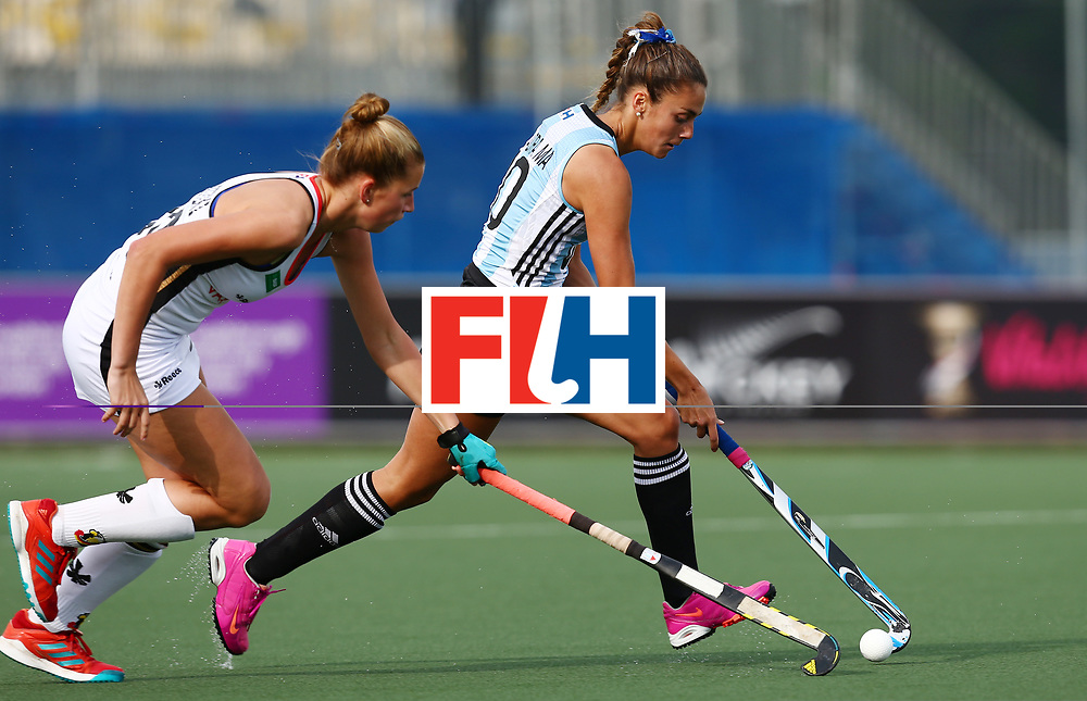 New Zealand, Auckland - 24/11/17  <br /> Sentinel Homes Women&rsquo;s Hockey World League Final<br /> Harbour Hockey Stadium<br /> Copyrigth: Worldsportpics, Rodrigo Jaramillo<br /> Match ID: 10307 - ARG-GER<br /> Photo: (10) FERNANDEZ LADRA Magdalena against (30) GRANITZKI Hanna