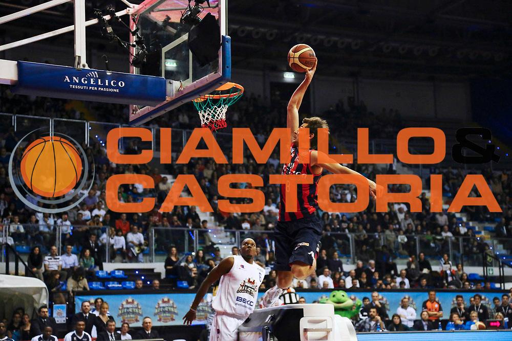 DESCRIZIONE : Biella Beko All Star Game 2012-13<br /> GIOCATORE : Tommaso Raspino<br /> CATEGORIA : schiacciata<br /> SQUADRA : Italia<br /> EVENTO : All Star Game 2012-13<br /> GARA : Italia All Star Team<br /> DATA : 16/12/2012 <br /> SPORT : Pallacanestro<br /> AUTORE : Agenzia Ciamillo-Castoria/I.Mancini<br /> Galleria : FIP Nazionali 2012<br /> Fotonotizia : Biella Beko All Star Game 2012-13<br /> Predefinita :