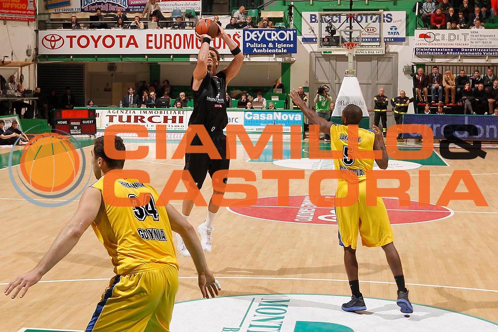 DESCRIZIONE : Siena Eurolega 2011-12 Montepaschi Siena Asseco Prokom<br /> GIOCATORE : David Andersen<br /> CATEGORIA : tiro<br /> SQUADRA : Montepaschi Siena<br /> EVENTO : Eurolega 2011-2012<br /> GARA : Montepaschi Siena Asseco Prokom<br /> DATA : 17/11/2011<br /> SPORT : Pallacanestro <br /> AUTORE : Agenzia Ciamillo-Castoria/P.Lazzeroni<br /> Galleria : Eurolega 2011-2012<br /> Fotonotizia : Siena Eurolega 2011-12 Montepaschi Siena Asseco Prokom<br /> Predefinita :