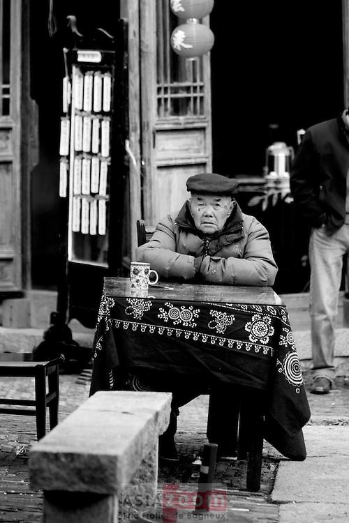 Portrait a Tongli dans le Wujiang en Chine, mars 2007