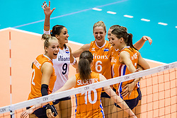 22-08-2017 NED: World Qualifications Netherlands - Greece, Rotterdam<br /> Femke Stoltenborg #2 of Netherlands, Myrthe Schoot #9 of Netherlands, Maret Balkestein-Grothues #6 of Netherlands, Robin de Kruijf #5 of Netherlands