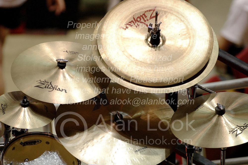 24 November 2006:  Cymbal set up on a drum set<br />