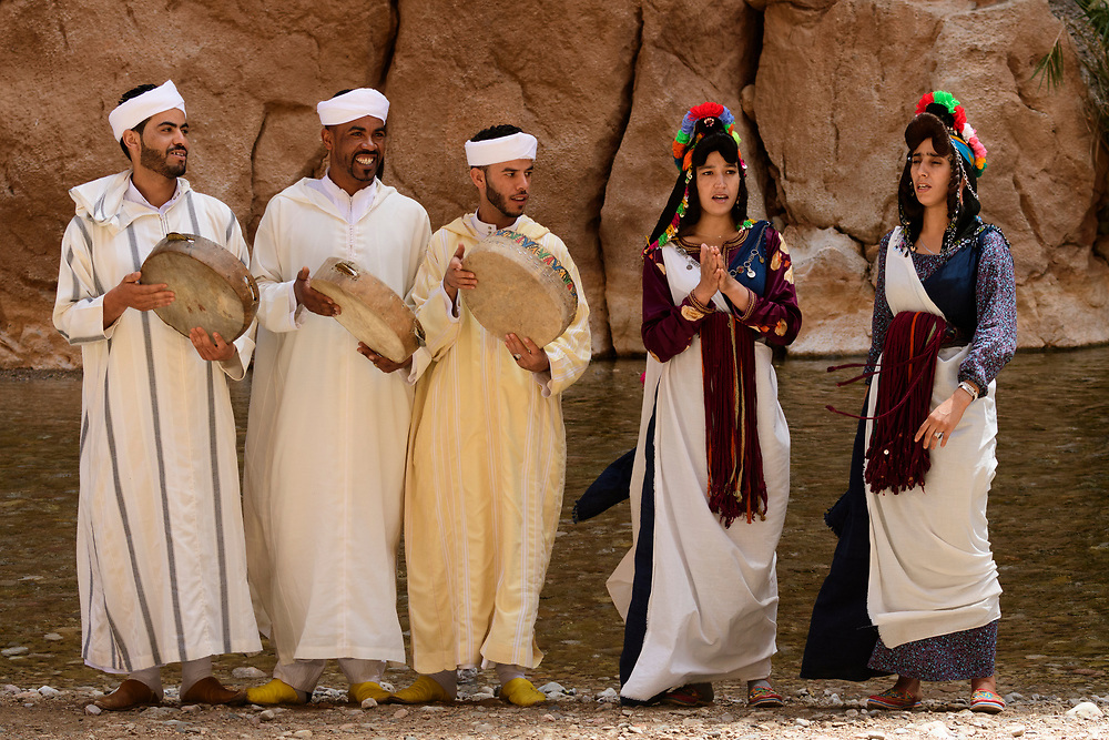 North Africa, Africa, African, Morocco, Moroccan, musicians in Todra gorge