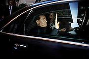 Silvio Berlusconi in auto con Mariarosaria Rossi dopo la riunione con gruppi parlamentari di Forza Italia nella sede del partito. Roma, 15 luglio 2014. Christian Mantuano / OneShot