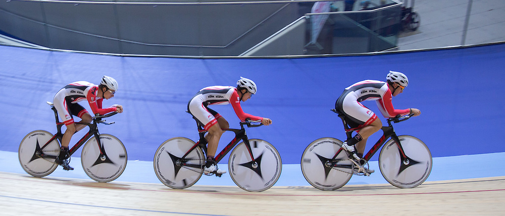 Austrian Team Pursuit team at the Revoultion Series 2015/6 Round 1 Derby, Day 1, on 14 August 2015 ( (Photo by Mike Poole - Photopoole)