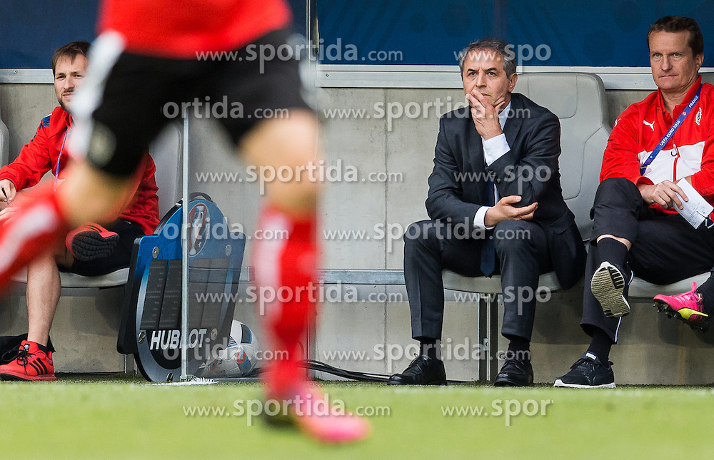 14.06.2016, Stade de Bordeaux, Bordeaux, FRA, UEFA Euro, Frankreich, Oesterreich vs Ungarn, Gruppe F, im Bild Coach Marcel Koller (AUT) // Coach Marcel Koller (AUT) during Group F match between Austria and Hungary of the UEFA EURO 2016 France at the Stade de Bordeaux in Bordeaux, France on 2016/06/14. EXPA Pictures © 2016, PhotoCredit: EXPA/ JFK