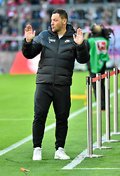 23.02.2019, Allianz Arena, Muenchen, GER, 1. FBL, FC Bayern Muenchen vs Hertha BSC, 23. Runde, im Bild Vor Spielbeginn: Trainer Coach Pal Dardai Hertha BSC Berlin // during the German Bundesliga 23th round match between FC Bayern Muenchen and Hertha BSC at the Allianz Arena in Muenchen, Germany on 2019/02/23. EXPA Pictures © 2019, PhotoCredit: EXPA/ Eibner-Pressefoto/ Weber<br /> <br /> *****ATTENTION - OUT of GER*****