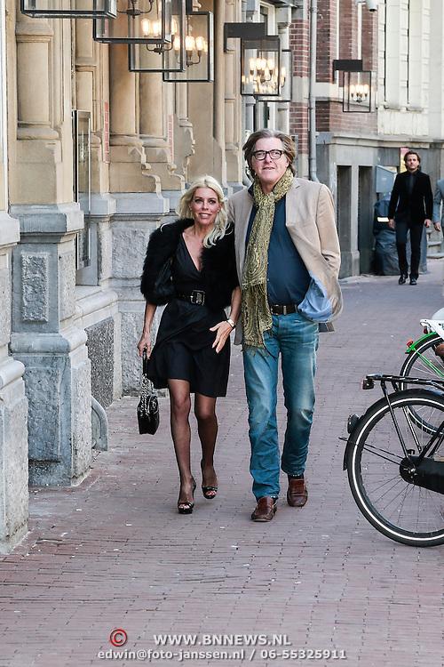 NLD/Amsterdam/20130428 - Premiere Jon en de Jongens, Judith Osborn en partner Bert van der Veer