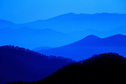 Image of mountains and rolliing hills from Blue Ridge Parkway's Skyline Drive at Shenandoah National Park, North Carolina and Virginia, east coast