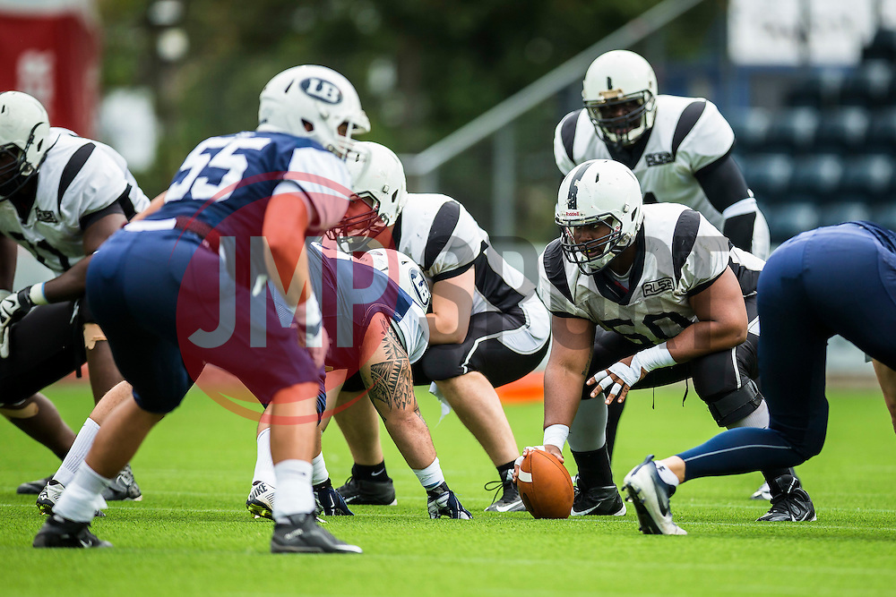 London Warriors in action - Mandatory by-line: Jason Brown/JMP - 27/08/2016 - AMERICAN FOOTBALL - Sixways Stadium - Worcester, England - London Warriors v London Blitz - BAFA Britbowl Finals Day
