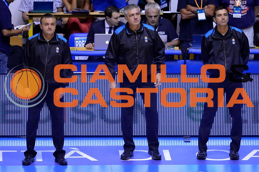 DESCRIZIONE : Cagliari Qualificazione Eurobasket 2015 Qualifying Round Eurobasket 2015 Italia Svizzera Italy Switzerland<br /> GIOCATORE : Arbitro Referee<br /> CATEGORIA : Arbitro Referee<br /> EVENTO : Cagliari Qualificazione Eurobasket 2015 Qualifying Round Eurobasket 2015 Italia Svizzera Italy Switzerland<br /> GARA : Italia Svizzera Italy Switzerland<br /> DATA : 17/08/2014<br /> SPORT : Pallacanestro<br /> AUTORE : Agenzia Ciamillo-Castoria/GiulioCiamillo<br /> Galleria: Fip Nazionali 2014<br /> Fotonotizia: Cagliari Qualificazione Eurobasket 2015 Qualifying Round Eurobasket 2015 Italia Svizzera Italy Switzerland<br /> Predefinita :