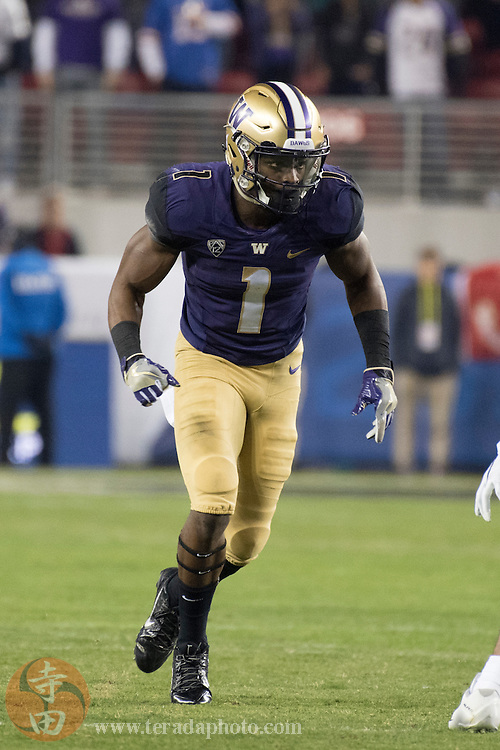 December 2, 2016; Santa Clara, CA, USA; Washington Huskies wide receiver John Ross (1) during the first quarter in the Pac-12 championship against the Colorado Buffaloes at Levi's Stadium. The Huskies defeated the Buffaloes 41-10.