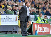 Photo: Ashley Pickering.<br /> Norwich City v Bristol City. Coca Cola Championship. 20/10/2007.<br /> Bristol City manager Gary Johnson shouts his orders from the sidelines