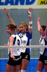 15-04-2001 VOLLEYBAL: ARKE POLLUX - SLIEDRECHT SPORT: DEN BOSCH<br /> Arke Pollux wint de bekerfinale met 3-2 / Patricia Labee<br /> &copy;2001-WWW.FOTOHOOGENDOORN.NL