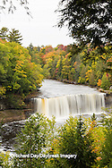 64797-00703 Tahquamenon Falls in fall, Chippewa County, MI
