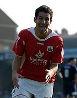 Photo: Olly Greenwood.<br />Southend United v Barnsley. Coca Cola Championship. 14/04/2007. Barnsley's Daniel Nardello celebrates scoring