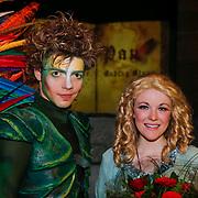 BEL/Brussel/20121223 - Belgische premiere musical Peter Pan, cast, optreden, PETER PAN: Sandor Stürbl en WENDY: Lilly-Jane Young