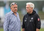 FC Roskildes ejer Carsten Salomonsson i snak med cheftræner Christian Iversen før kampen i NordicBet Ligaen mellem FC Roskilde og Vendsyssel FF den 18. august 2019 i Roskilde Idrætspark (Foto: Claus Birch).