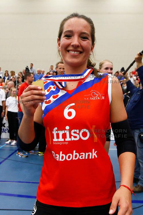 20150425 NED: Eredivisie VC Sneek - Eurosped, Sneek<br />Simone Linstra (6) of VC Sneek<br />©2015-FotoHoogendoorn.nl / Pim Waslander