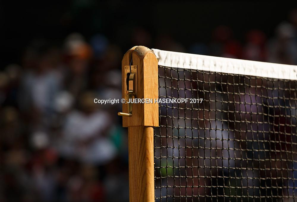 Wimbledon Feature, Netz auf dem Centre Court,Atmosphaere,Licht,Stimmung,Symbolfoto<br /> <br /> Tennis - Wimbledon 2017 - Grand Slam ITF / ATP / WTA -  AELTC - London -  - Great Britain  - 12 July 2017.