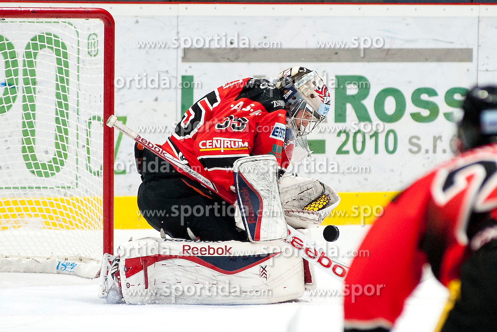 13.02.2015, Ice Rink, Znojmo, CZE, EBEL, HC Orli Znojmo vs EC Red Bull Salzburg, Platzierungsrunde, im Bild Chris Nolt ( HC Orli Znojmo) // during the Erste Bank Icehockey League placement round match between HC Orli Znojmo and EC Red Bull Salzburg at the Ice Rink in Znojmo, Czech Republic on 2015/02/13. EXPA Pictures © 2015, PhotoCredit: EXPA/ Rostislav Pfeffer