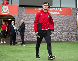 NEWPORT, WALES - Tuesday, October 16, 2018: Wales' Liam Cullen arrives ahead of the UEFA Under-21 Championship Italy 2019 Qualifying Group B match between Wales and Switzerland at Rodney Parade. (Pic by Laura Malkin/Propaganda)