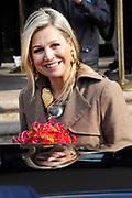Koningin Maxima houdt een openingstoespraak op de vierde Morningstar Investment Conference Europe. Dit doet ze in haar functie als speciale pleitbezorger van de secretaris-generaal van de VN voor inclusieve financiering. <br /> <br /> Queen Maxima holds an opening speech at the fourth Morningstar Investment Conference Europe. This she does in her role as a special advocate of the Secretary-General of the UN for inclusive finance.<br /> <br /> Op de foto / On the photo:  Koningin Maxima vertrekt / Queen Maxima leaves