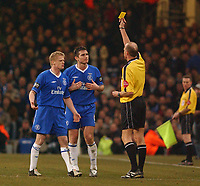 Photo. Daniel Hambury, Digitalsport<br /> Chelsea v Liverpool.<br /> <br /> Carling Cup Final.<br /> 27/02/2005<br /> Chelsea's Frank Lampard is booked by referee  Steve Bennett.