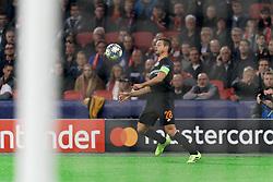 23-10-2019 NED: Champions League AFC Ajax - Chelsea, Amsterdam<br /> Ajax lost 1-0 / Chelsea defender César Azpilicueta #28