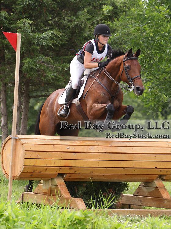 Jessica Phoenix and Exploring at the 2009 Maui Jim Horse Trials in Wayne, Illinois.